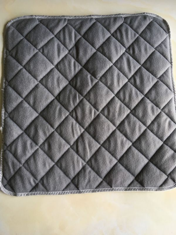 Square Quilted Oil Absorbent Mat in grey color with needle punch nonwoven interlining